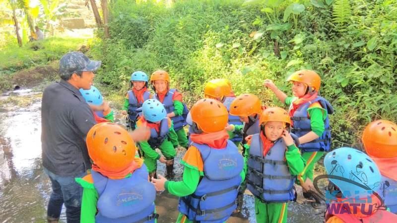 Wisata Alam untuk Anak-Anak Sekolah